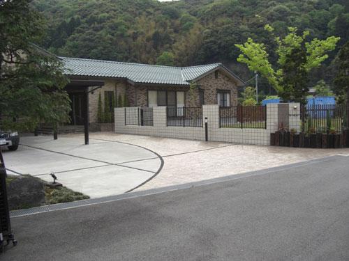MATスタンプ舗装を施したフロントガーデン 鳥取市 Y様邸4