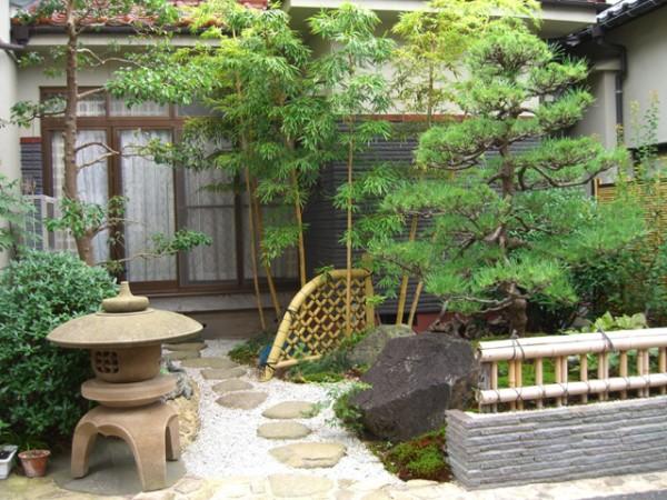 金閣寺垣がよく似合う庭 4