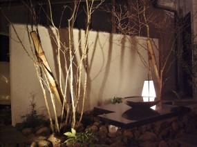 建物と調和のとれたお庭にリガーデン8