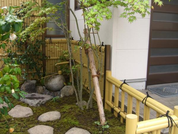 竹垣で和の雰囲気を演出 北栄町 F様邸1