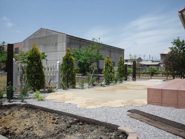 植物に囲まれた素朴で開放的なお庭 倉吉市 M様邸1