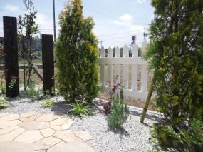 植物に囲まれた素朴で開放的なお庭 倉吉市 M様邸3