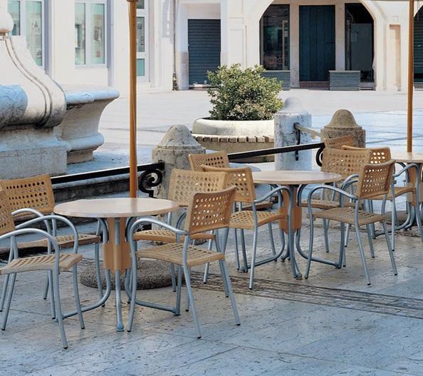 ナルディポーロ テーブルセット タカショー1